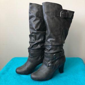 EUC Madden Girl Gray heeled boots